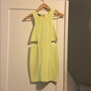 Bebe Bandage mini dress Sz. Small in yellow
